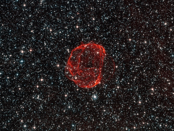 o4-The remains of a star gone supernova  Credits ESA-Hubble & NASA. Acknowledgement Claude Cornen