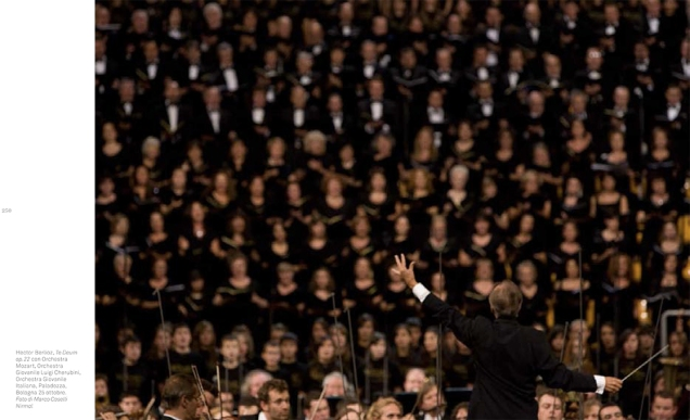 Abbado directs Berlioz with Orchestra Mozart, Orchestra Giovanile Luigi Cherubini, Orchestra Giovanile Italiana, Bologna, Italy, 2008 © Contrasto/Marco Caselli Nirmal