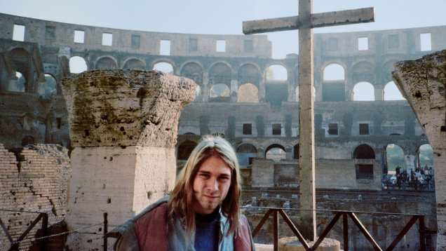 Kurt Cobain in Colosseo of Rome, Italy, 1989 © courtesy of Bruce Pavitt/'Experiencing Nirvana' book