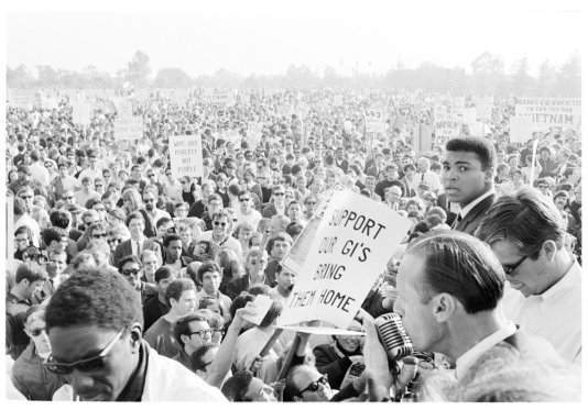 Muhammad Ali at an anti-war protest at Rancho Park during Lyndon B. Johnson's visit to Los Angeles, 1967 (photo: Howard Bingham)