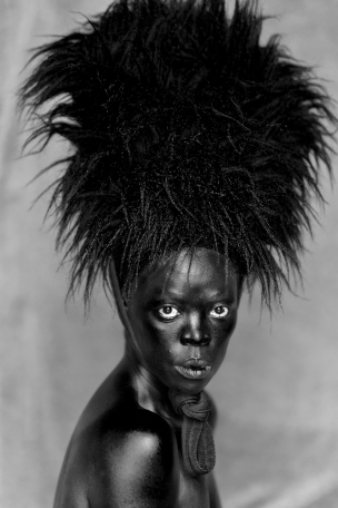 Somnyama I, Paris, 2014 © Zanele Muholi. Courtesy of Stevenson, Cape Town/Johannesburg and Yancey Richardson, New York